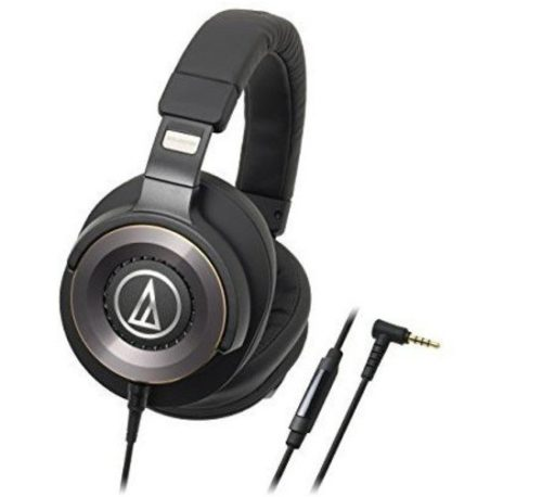 13. Audio Technica ATH-WS1100iS Solid Bass Headphones With In-line Mic