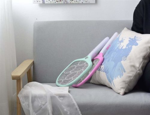 10.AOWOTO-Plug-in-Electric-Rechargeable-Fly-Racket-with-Battery-S-Size-White.