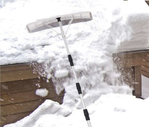 7.Goplus-20-Snow-Roof-Rake-Twist-N-Lock-Adjustable-Snow-Shovel-with-6-x-25-Blade-Roof-Snow-Removal-Tool