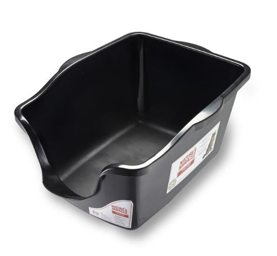 7.Nature's Miracle High-Sided Litter Box, 23 x 18.5 x 11 inches